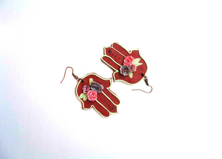 Khamsa earrings by shandio