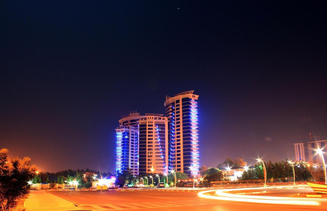 Kish Night - Iran by powerwall