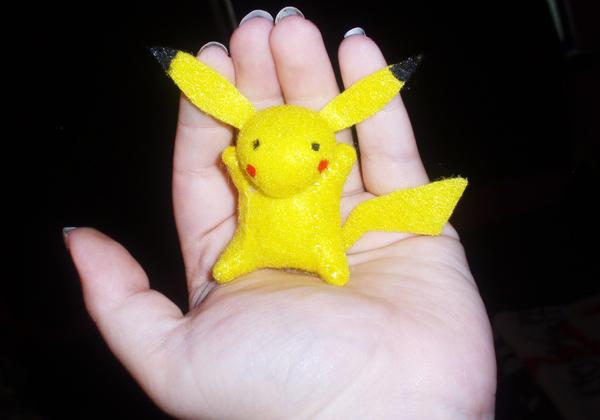 Teeny Pokemon Buddy - Pikachu by StitchyGirl