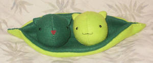 Kitty Peas in a Pod by StitchyGirl