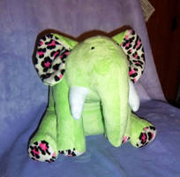 Goodie the Elephant by StitchyGirl