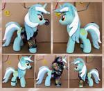 Lyra plush in hoodie by Jack1Larsen