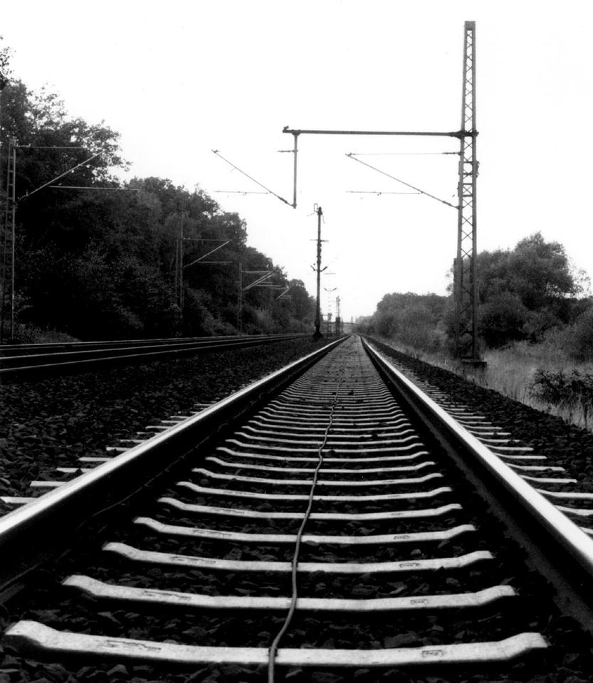 train tracks vanishing point by redux