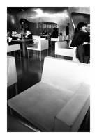 paris - la chaise blanche by redux