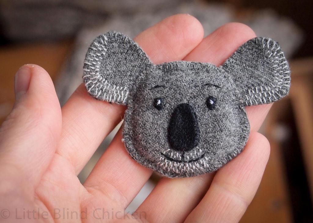 Textile Koala magnet.