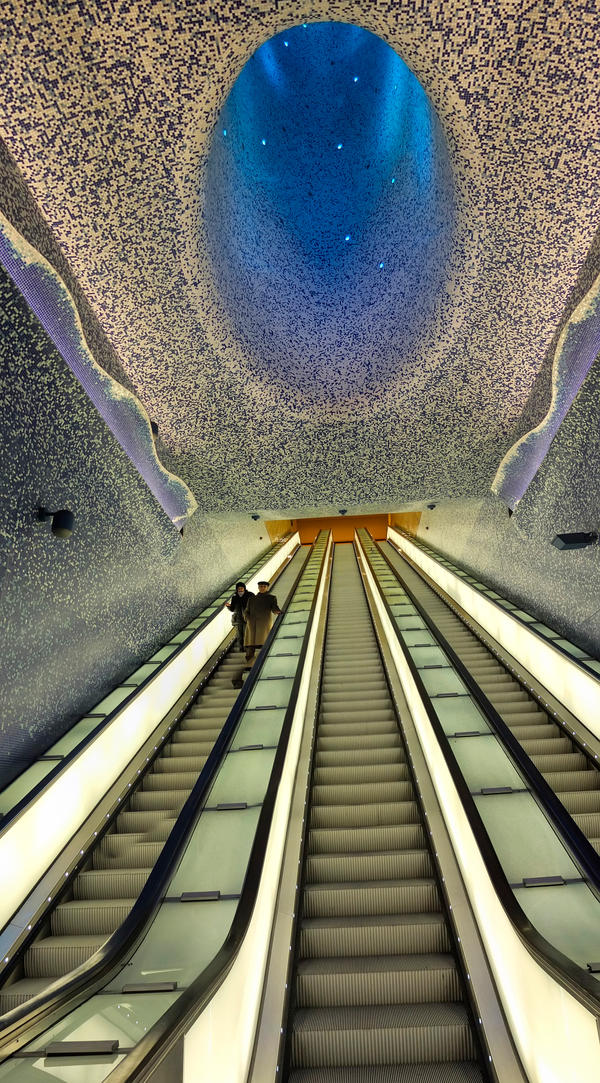 Naples Toledo Art station by minotauro9