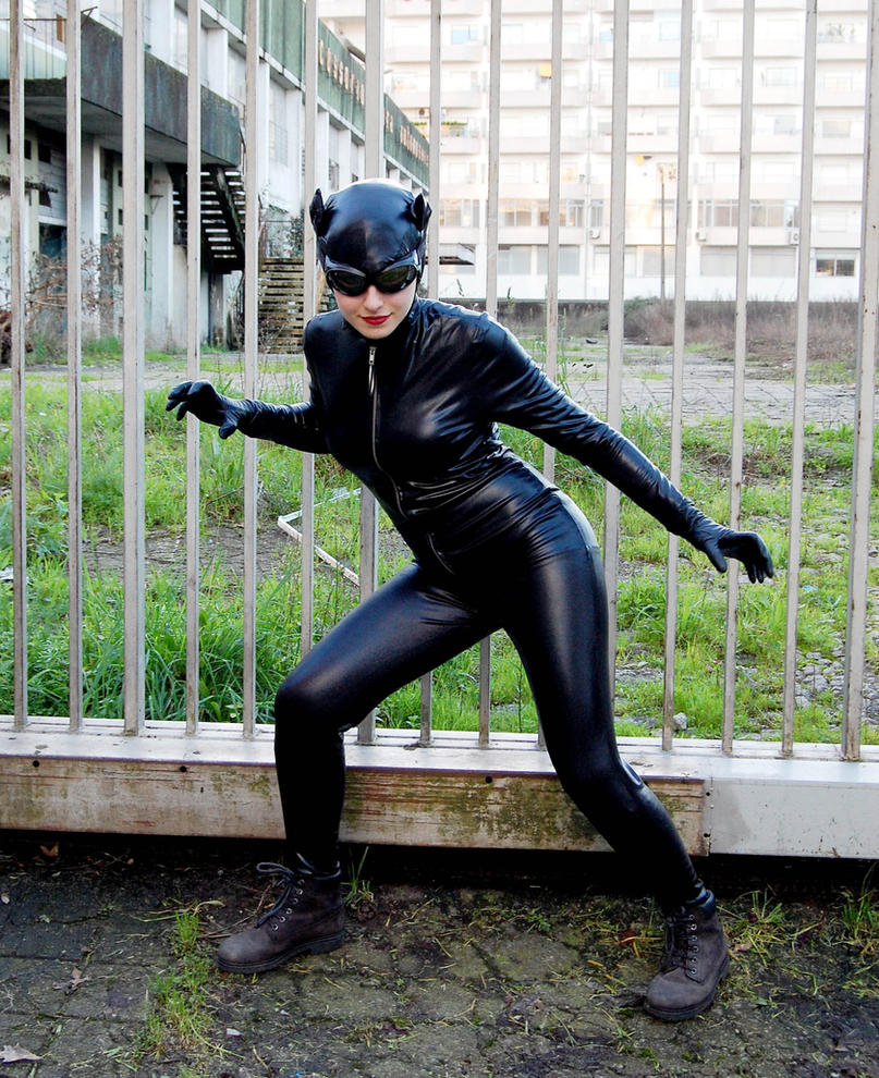 Catwoman by xMysticDreamer