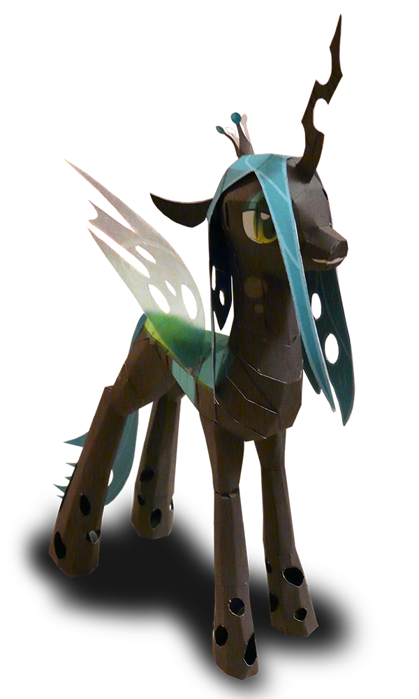 Queen Chrysalis papercraft by muffinshire