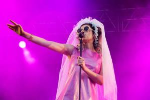 Marina and The Diamonds by kugghjulspojke