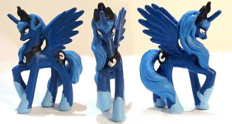 Custom Luna by Nokikissa