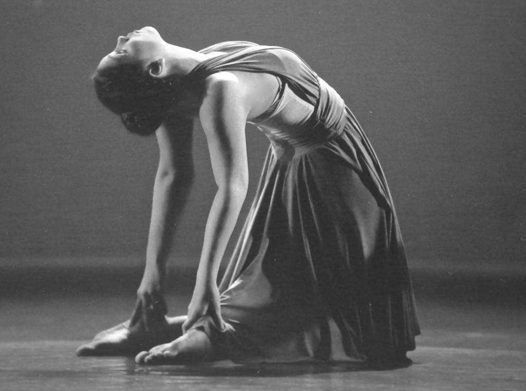 dance by florajade28