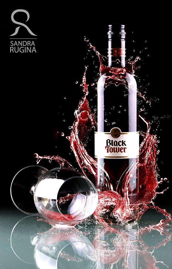 Red wine by Behindmyblueeyes