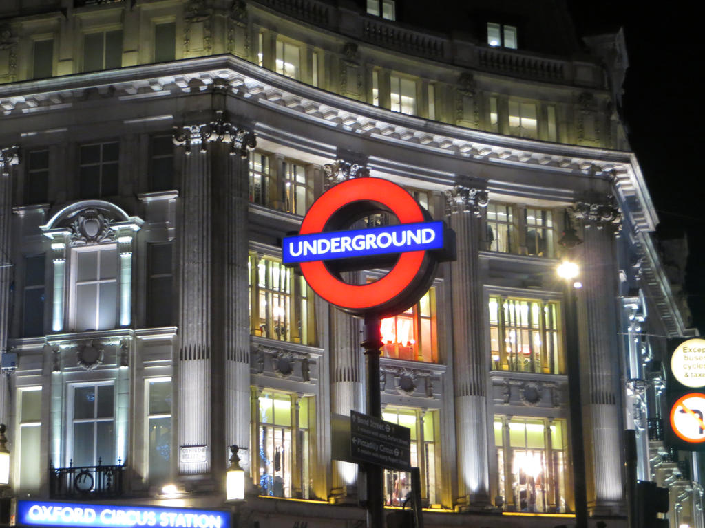 Oxford Circus Underground by Flo996