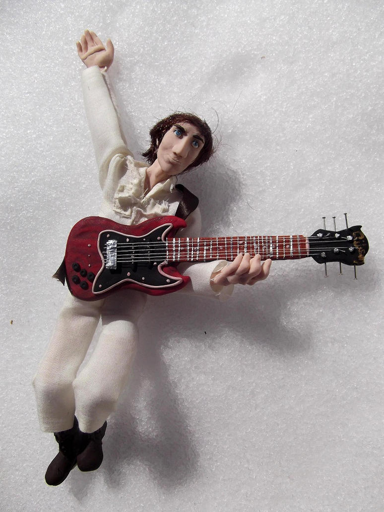 the who live at leeds as dolls action figures the gear page. Black Bedroom Furniture Sets. Home Design Ideas