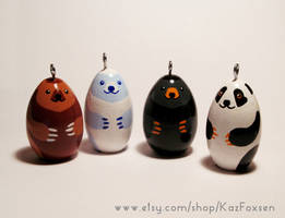 Bear Ornaments/Figurines for Sale by KazFoxsen