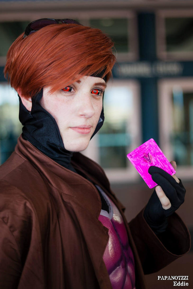 Gambit by BrokenNeedles