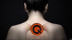 Q-Dance Robot Girl by Sonicz0r