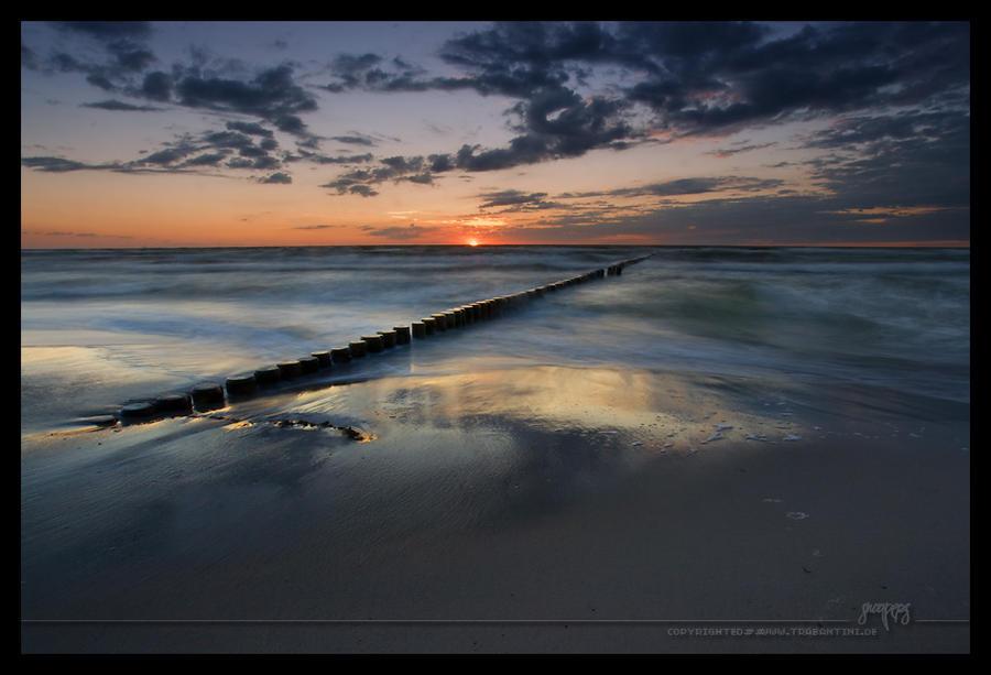 Baltic Sea Sunset by snoopersen
