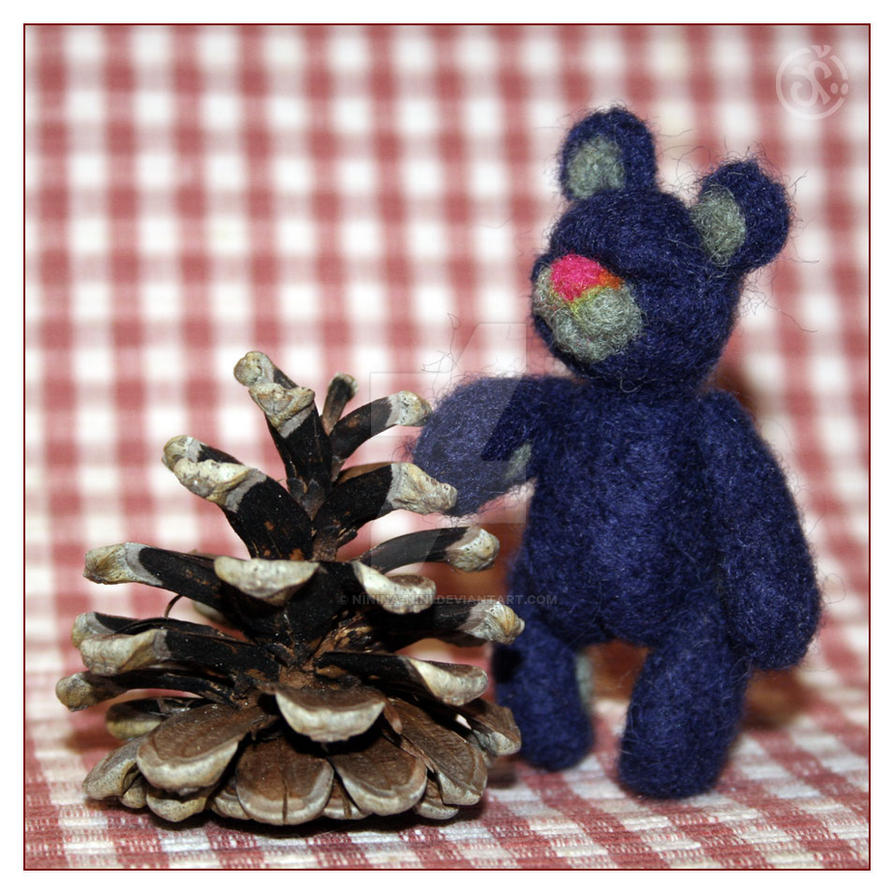 Blue Bear by Ninina-nini
