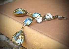 Vintage Rhinestone Earrings by rewelliott