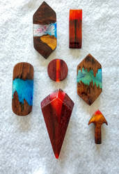 Wood and resin jewelry set