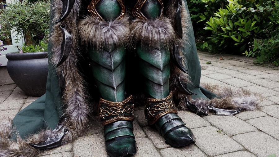 Maiev Shadowsong (Warcraft): Greaves by EbonyEagle