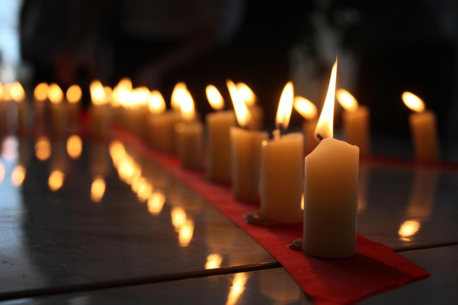 Plamen  svece - Page 3 Candles_by_emptyhead13-d4meot7
