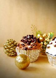 Christmas cupcake.. by kaiminamoto