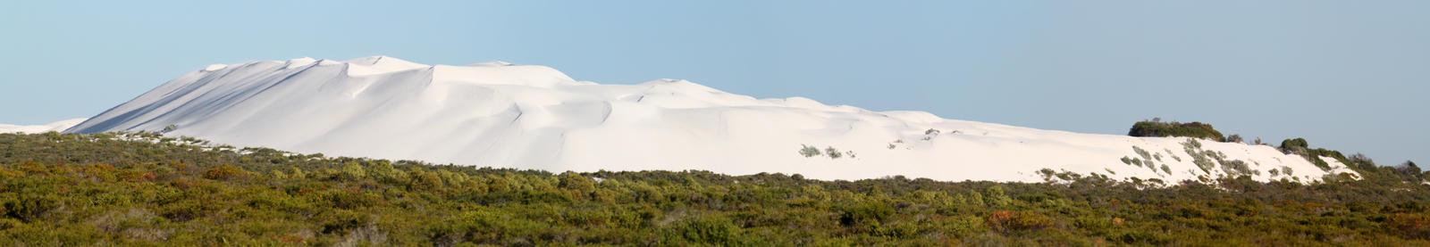 White Sand by TarJakArt