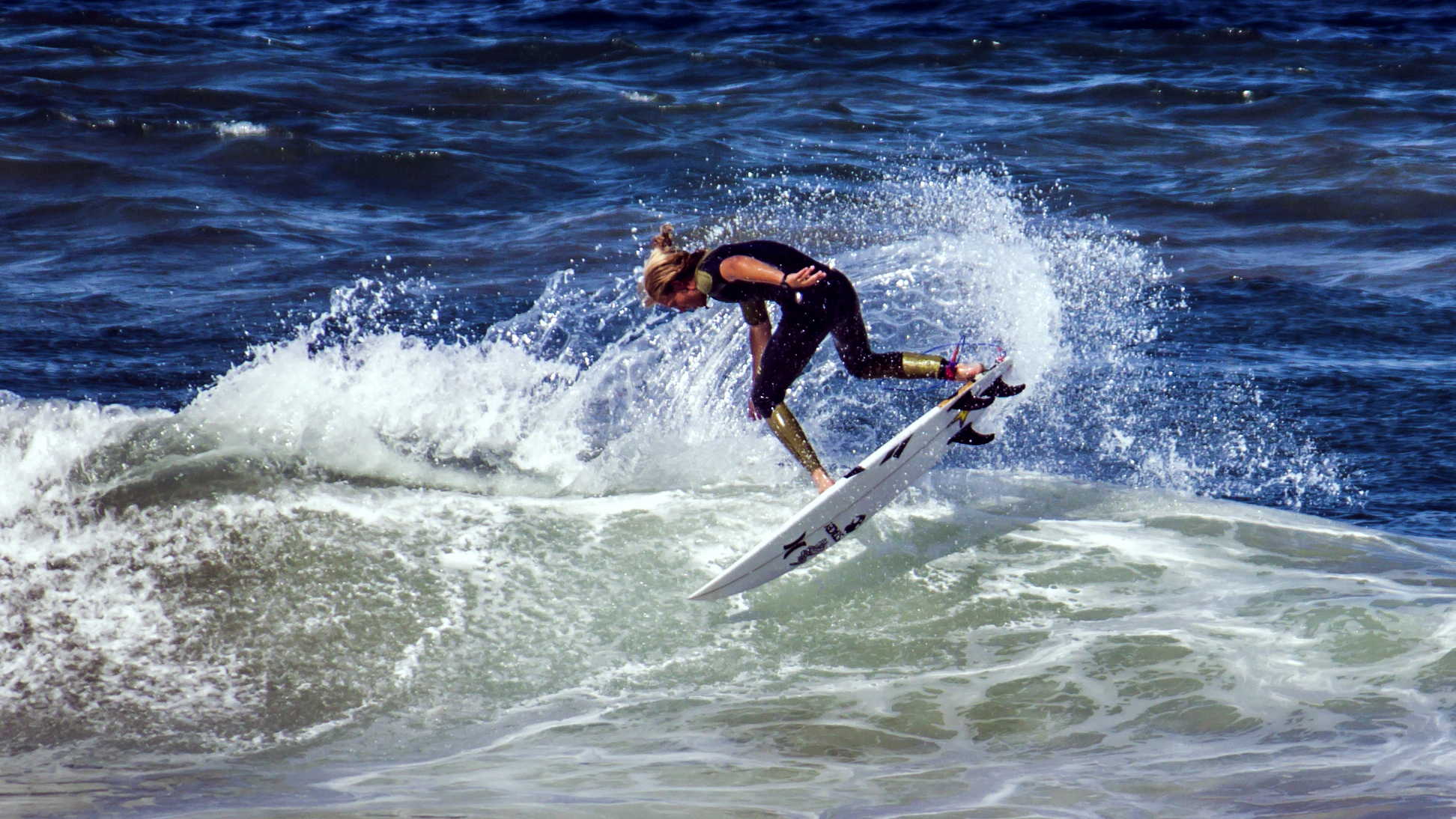 Surfer by TarJakArt