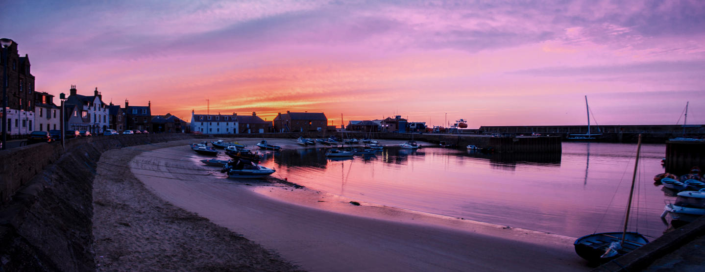 Stonehaven Dawn Pano by TarJakArt