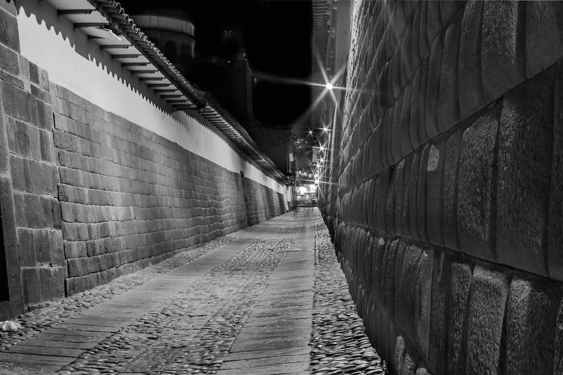 Calle Loreto Cusco Night by TarJakArt