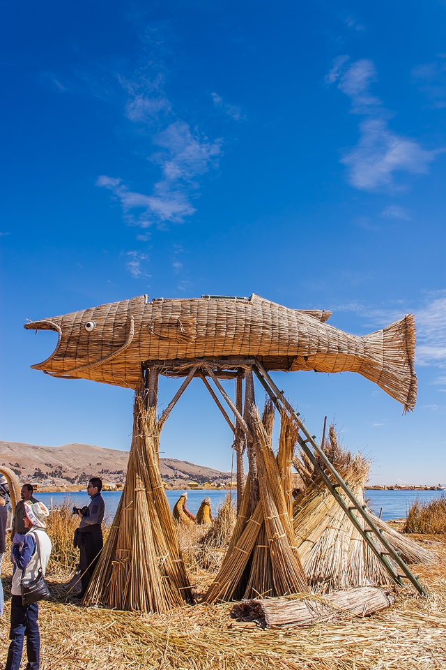 Uros Islands - BigFish Island by TarJakArt