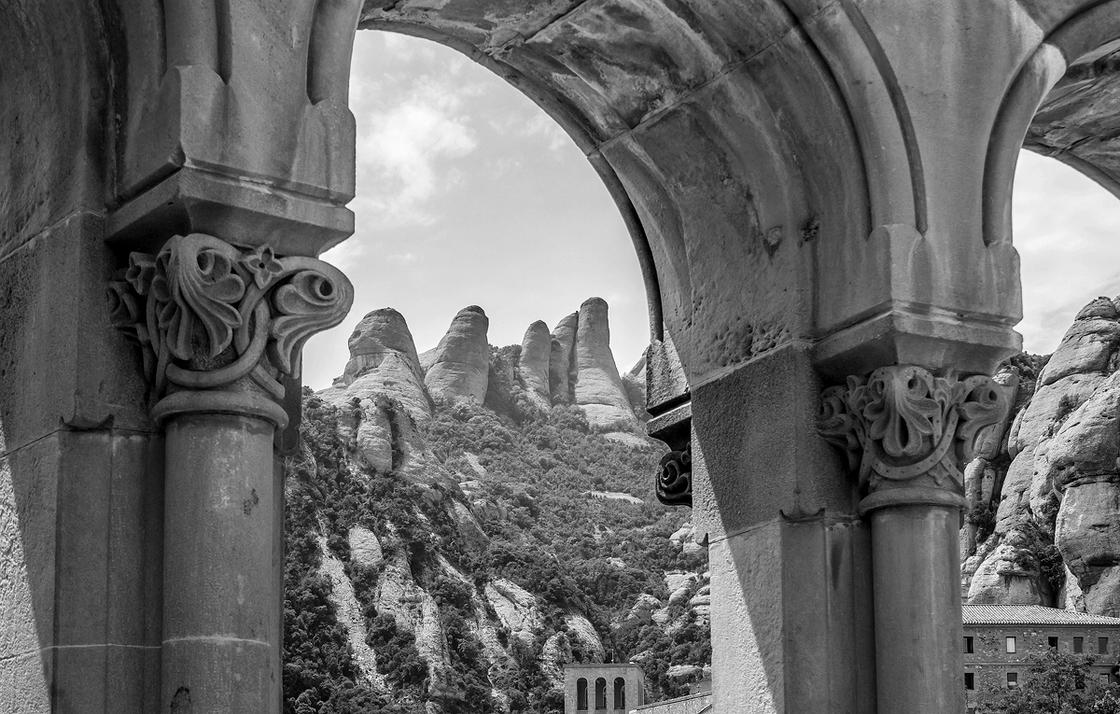 Montserrat by TarJakArt
