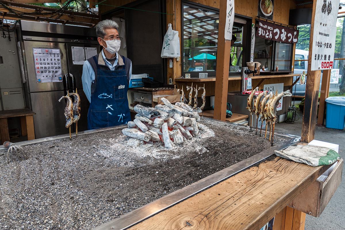 BBQ Fish Vendor by TarJakArt