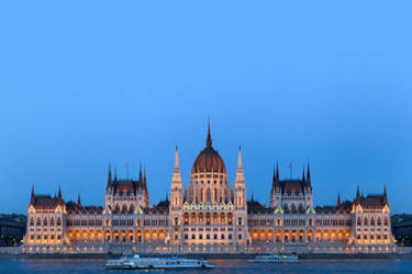 Hungarian Parliament by vlad-m