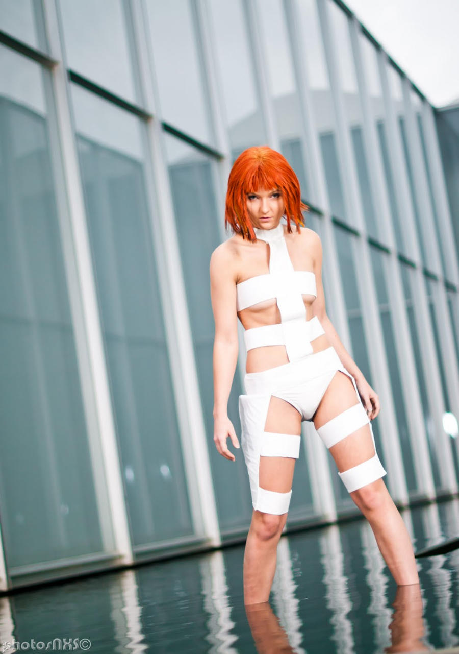 The Fifth Element Leeloo Cosplay by ReneeRouge