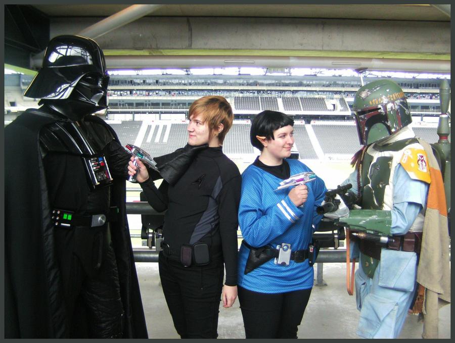 Star Wars vs. Star Trek by labrathor