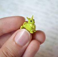 Tiny Green Dragon by insanable