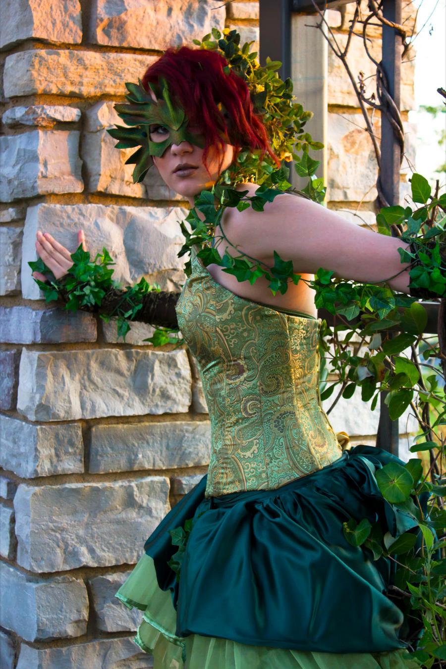 Poison Ivy - Comic Couture by CrimsonDomingo