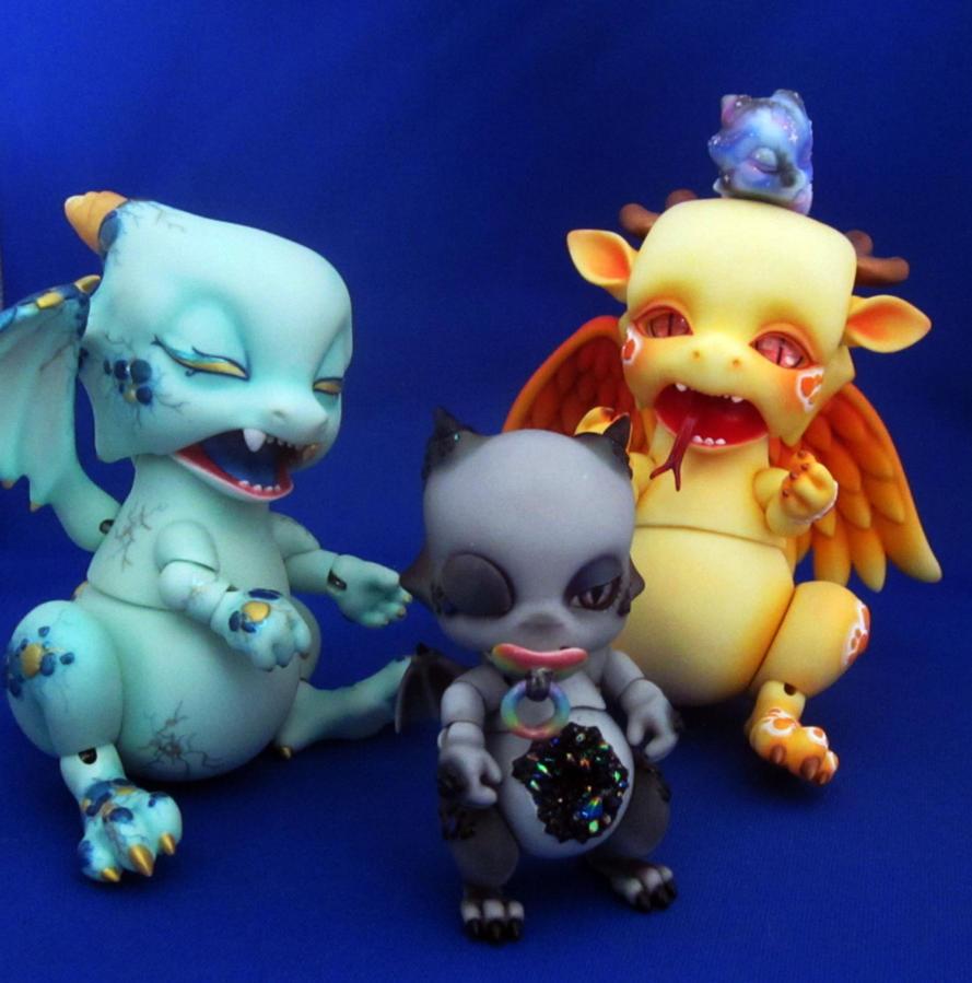 Dragon Family by Shirelae