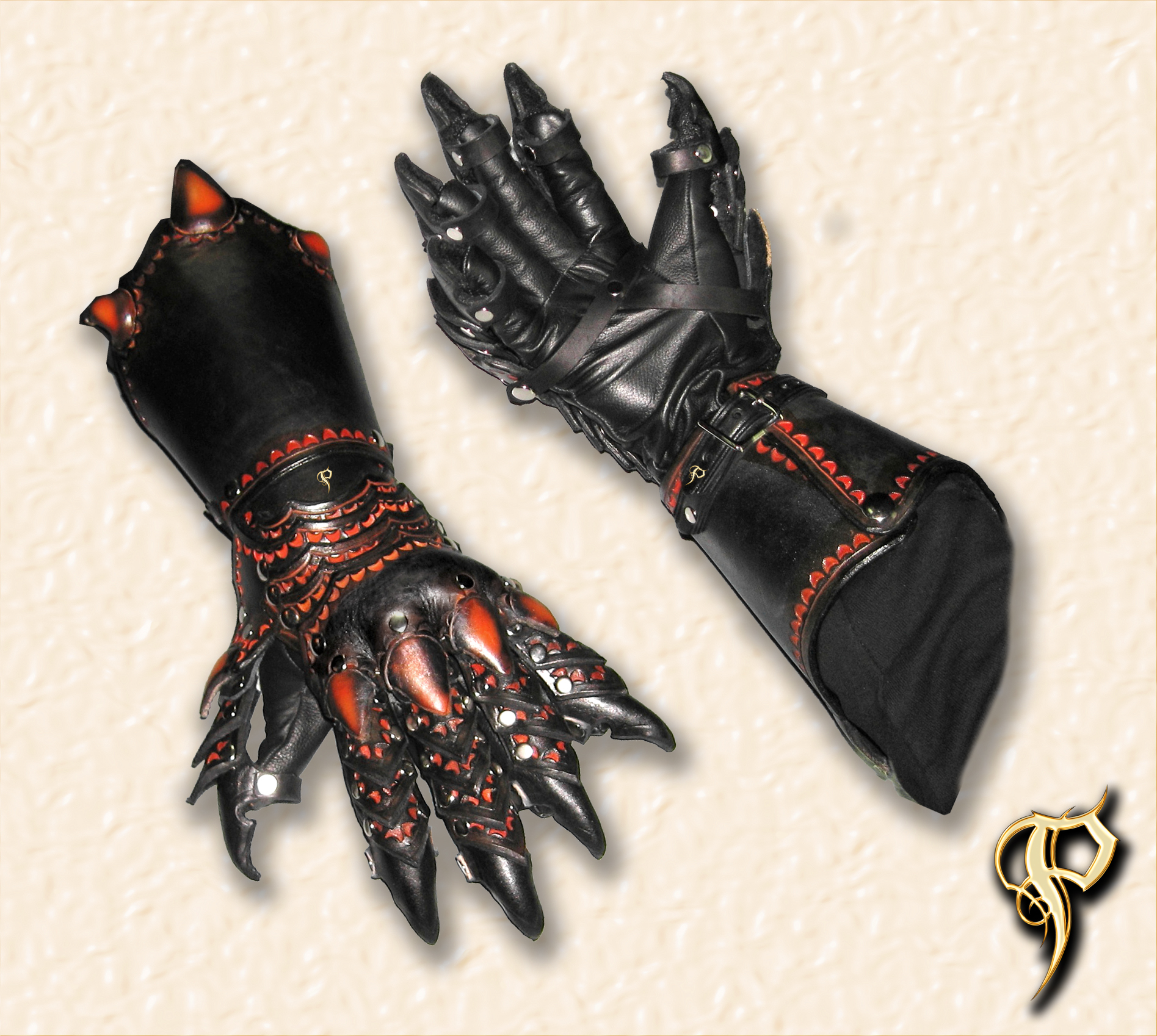 Jezisa - Flying guardian Lion_Armor_Claw_Gauntlets_by_Azmal