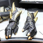Dragon Armor Preview 2 (Gauntlets)