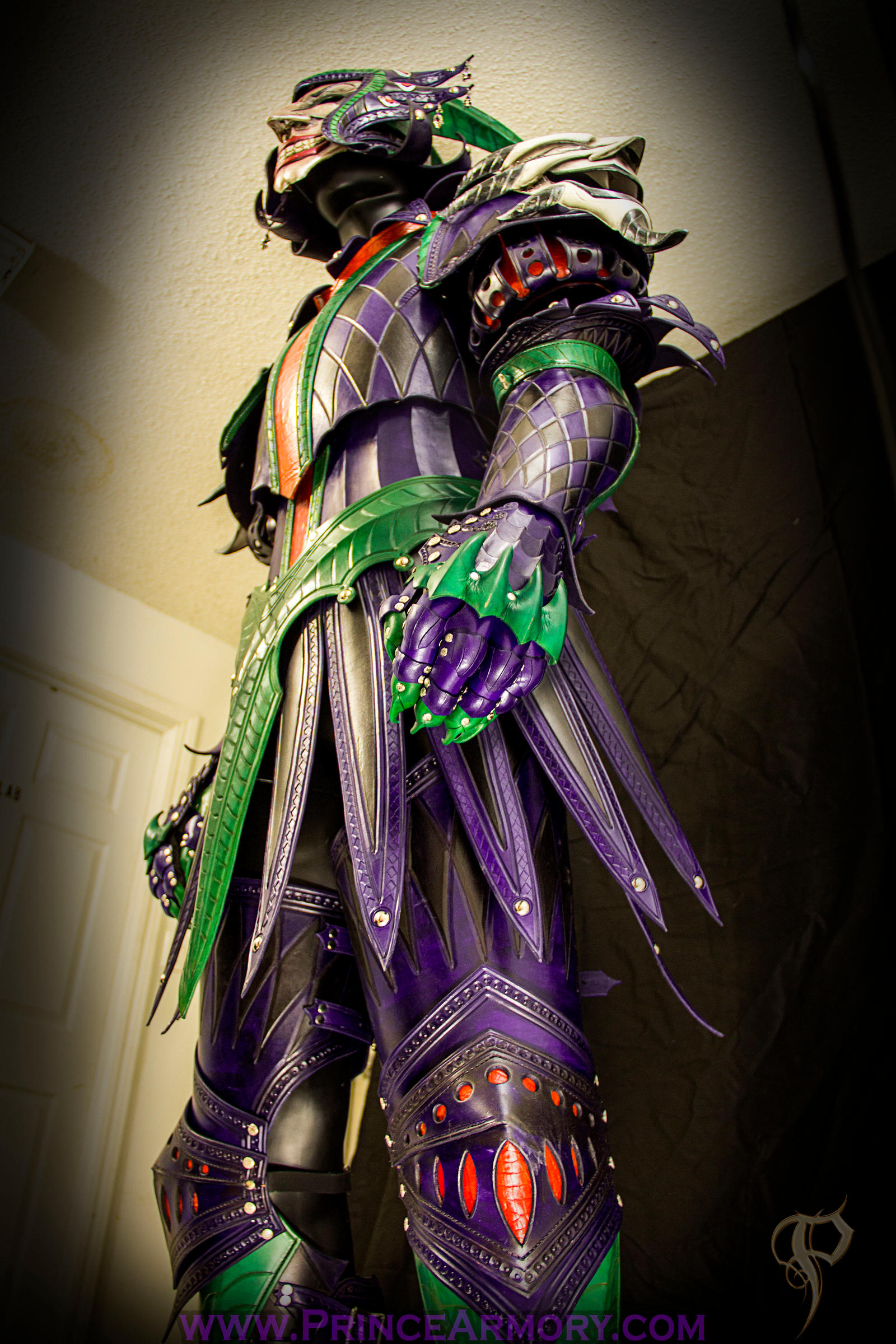 Leather Medieval Joker Armor Preview