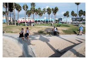 Venice Beach Boardwalk by makepictures
