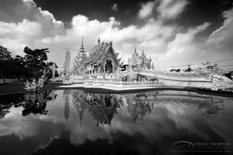Wat Rong Khun by DrewHopper