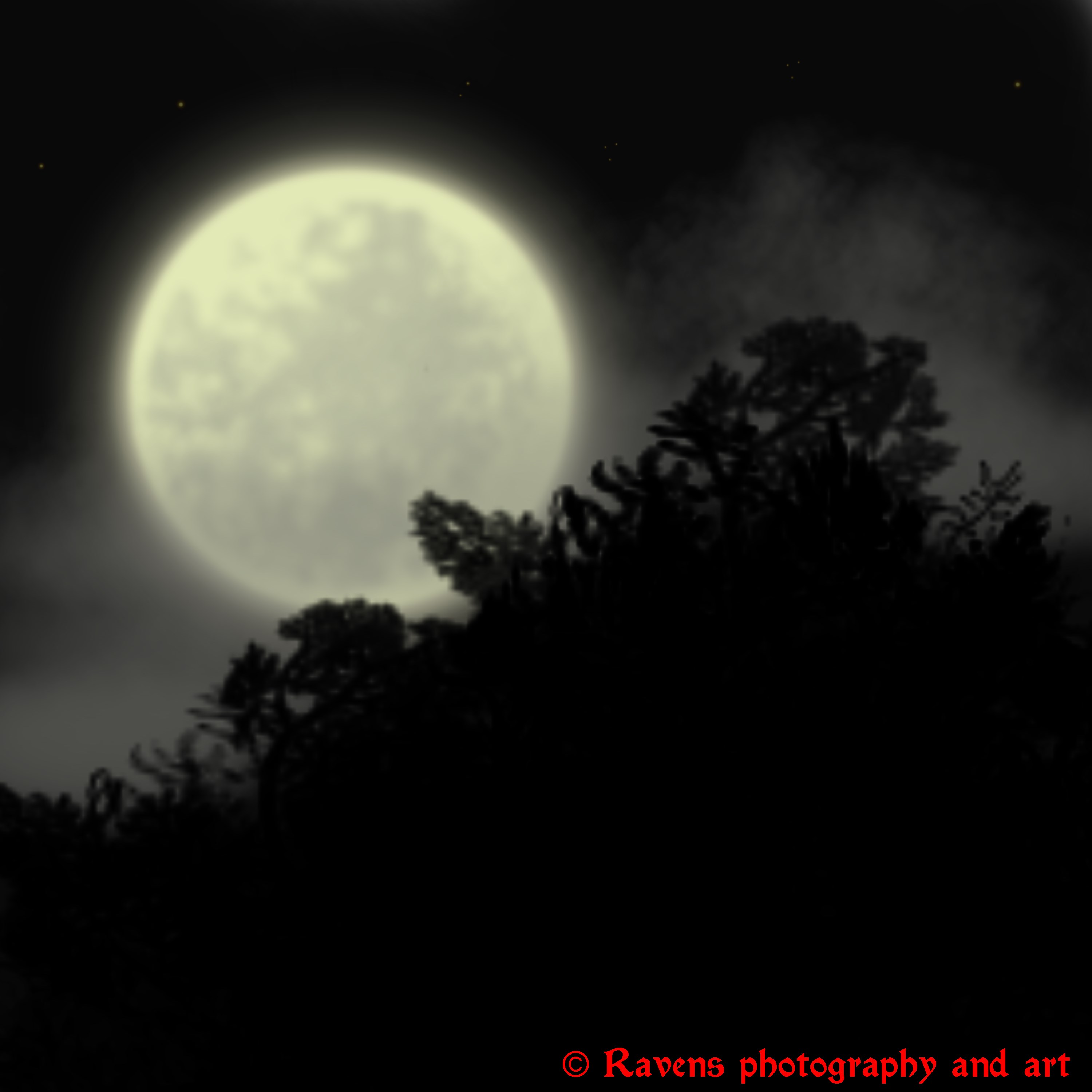 Full moon by GothicRavenMidnight