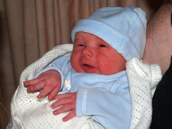 Connor McKay 30_08_2006 7lb 6 by BFG