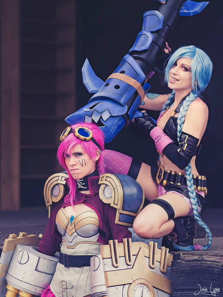 Jinx and Vi by MangaFreak150