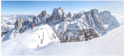 On the final summit ridge of Monte Mulaz.